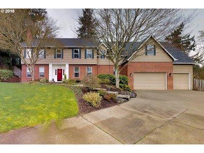 West Linn Single Family Home For Sale: 19682 Wildwood Dr