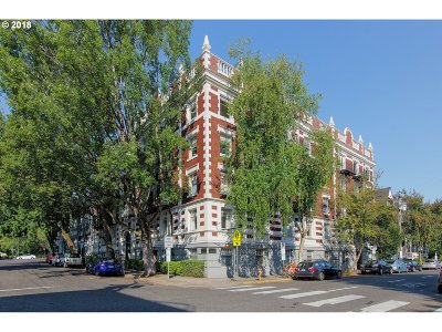 Condo/Townhouse For Sale: 1811 NW Couch St #302