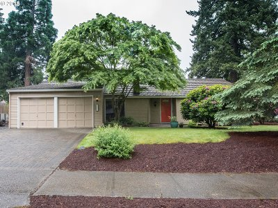 Beaverton Single Family Home For Sale: 8790 SW Bridletrail Ave