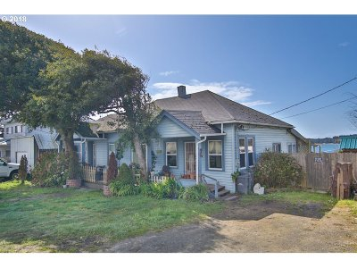 Coos Bay Single Family Home For Sale: 208 S Empire Bv
