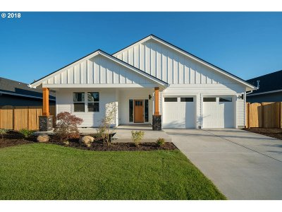 Single Family Home For Sale: 980 SW 14th Cir