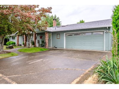 Woodburn Single Family Home For Sale: 1225 Kotka St