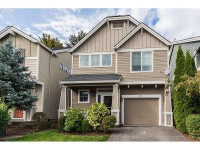 Troutdale Single Family Home For Sale: 1611 SW Wright Pl