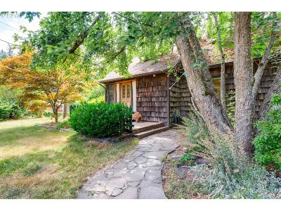 Single Family Home For Sale: 3495 NW South Rd