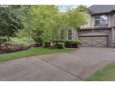 Lake Oswego Single Family Home For Sale: 13470 Peters Rd