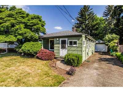 Portland OR Single Family Home For Sale: $399,000