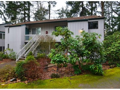 Eugene Condo/Townhouse For Sale: 2127 Hawkins Ln
