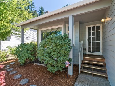 Tigard Single Family Home For Sale: 13258 SW Yarrow Way