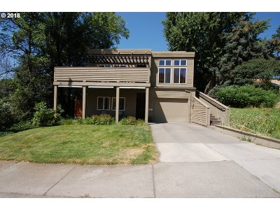 Pendleton Single Family Home For Sale: 611 N Main St