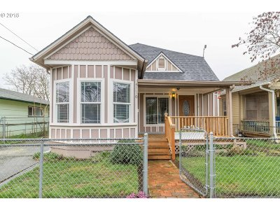Portland Single Family Home For Sale: 4116 SE 64th Ave