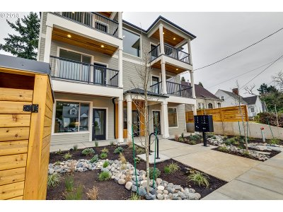 Portland Condo/Townhouse For Sale: 6400 N Montana Ave #B
