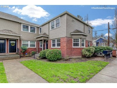 Portland Condo/Townhouse For Sale: 2555 NW Savier St #1