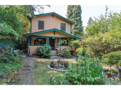 Oregon City Single Family Home For Sale: 302 Blanchard St