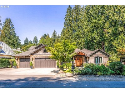 Lake Oswego Single Family Home For Sale: 3115 Douglas Cir