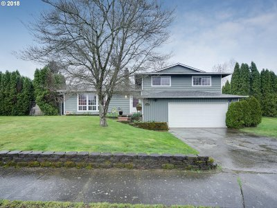 Gresham, Troutdale, Fairview Single Family Home For Sale: 1685 SE Cochran Dr