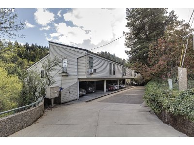 Portland Condo/Townhouse For Sale: 830 SW Broadway Dr #10