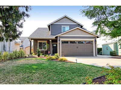 Newberg Single Family Home For Sale: 134 E Illinois St