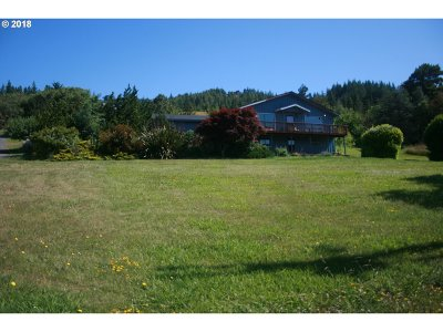 Gold Beach OR Single Family Home For Sale: $340,000