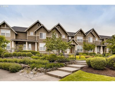 Beaverton Condo/Townhouse For Sale: 11640 SW Auklet Loop
