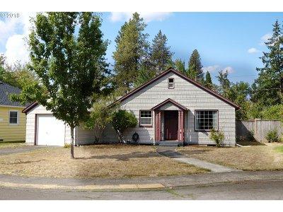 Eugene Single Family Home For Sale: 2433 Harris Pl