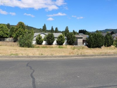 Sutherlin Residential Lots & Land For Sale: 724 Divot Loop #105