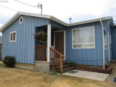 Coquille OR Single Family Home For Sale: $149,900
