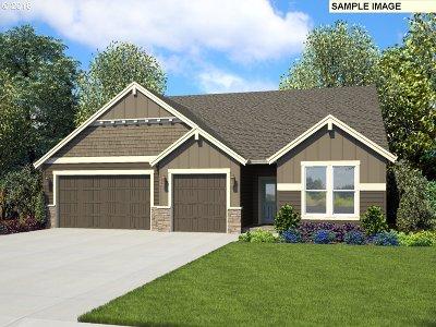 Camas Single Family Home For Sale: 3715 NE Kingbird St