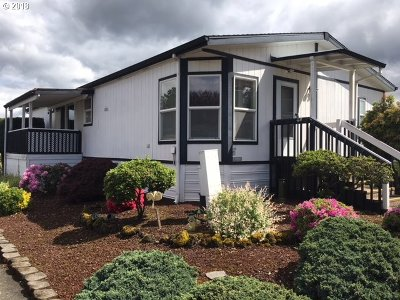 Gresham, Troutdale, Fairview Single Family Home For Sale: 900 NE Francis Ave #76