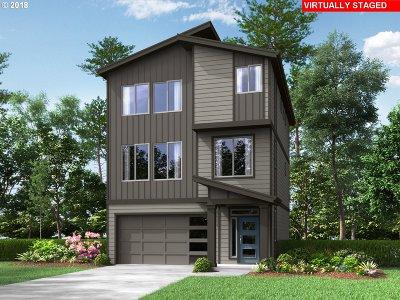 Single Family Home For Sale: 16772 SE Fox Glen Ct