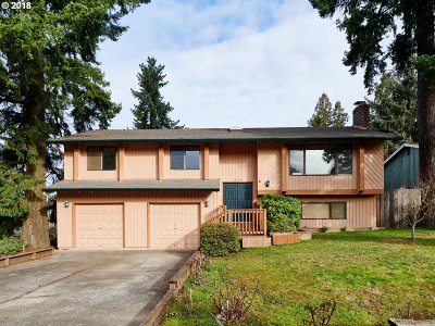Single Family Home For Sale: 16179 SW Deline Ct