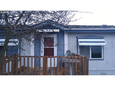 Roseburg OR Single Family Home For Sale: $65,000