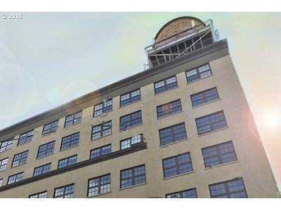 Portland Condo/Townhouse For Sale: 1420 NW Lovejoy St #407