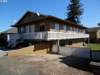 Coos Bay Multi Family Home For Sale: 742/744 S 4th St