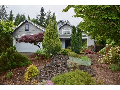 Tigard Single Family Home For Sale: 11889 SW Tallwood Dr
