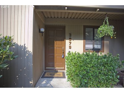 Eugene Condo/Townhouse For Sale: 3879 Colony Oaks Dr