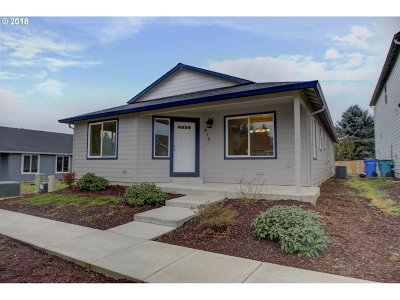Battle Ground Single Family Home For Sale: 818 NE 11th Ct