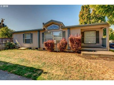 Hillsboro, Cornelius, Forest Grove Single Family Home For Sale: 2329 N Gray St
