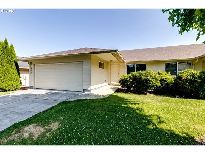 Cottage Grove, Creswell Single Family Home For Sale: 910 E Benjamin Ave