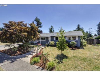 Single Family Home For Sale: 13002 SE Alder St