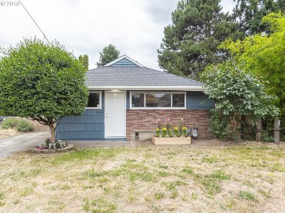 Portland Single Family Home For Sale: 9926 N Lombard St