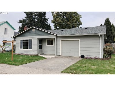 Canby Single Family Home Pending: 400 NW 6th Ave