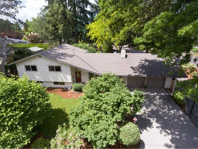 Canby Single Family Home For Sale: 850 NE Fairway Ln
