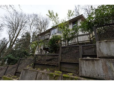 Portland Multi Family Home For Sale: 1334 SW College St SW