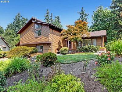 Portland Single Family Home For Sale: 945 NW Torrey View Ln