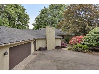 Portland Single Family Home For Sale: 5095 SW Barnes Rd