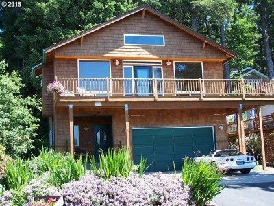 Single Family Home Sold: 3739 Coho Pl