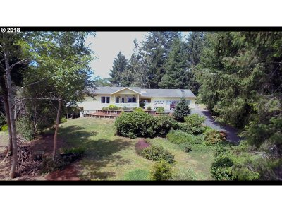 North Bend Single Family Home For Sale: 93329 Hillcrest Ln