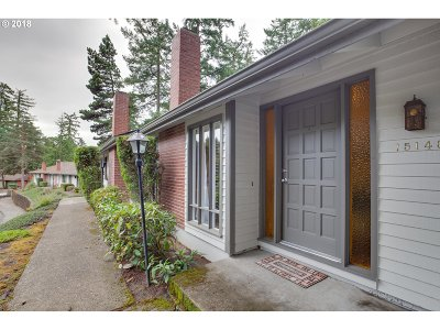 Beaverton Single Family Home For Sale: 15140 SW Village Ln