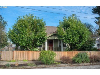 Portland Single Family Home For Sale: 635 N Emerson St