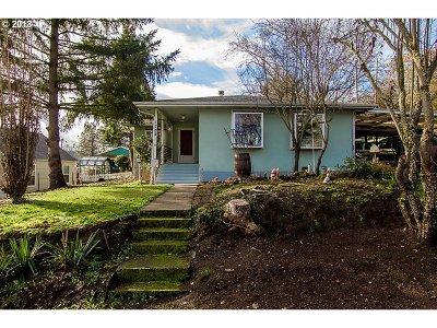Roseburg Single Family Home For Sale: 1784 NW Estelle St
